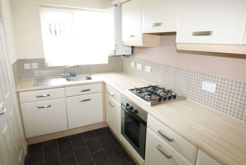 2 Bedrooms Semi Detached House for sale in St Johns Row, Middlesbrough