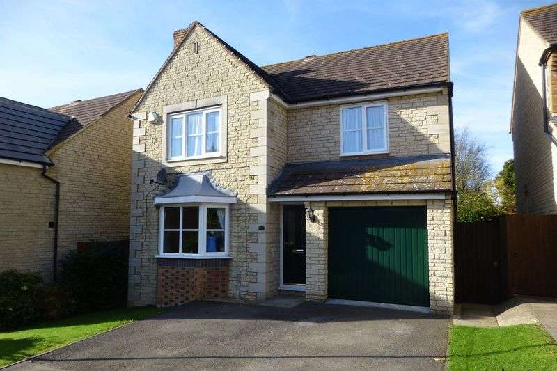 4 Bedrooms Detached House for sale in Poppylands, Bicester