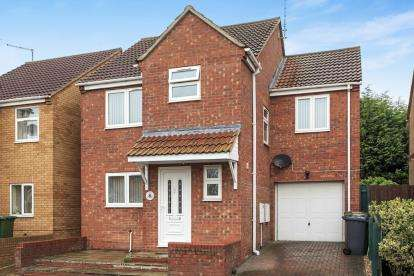 4 Bedrooms Detached House for sale in The Cloisters, Eye, Peterborough, Cambrigeshire