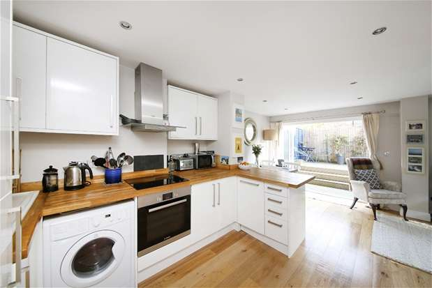 2 Bedrooms Flat for sale in Martell Road, Dulwich