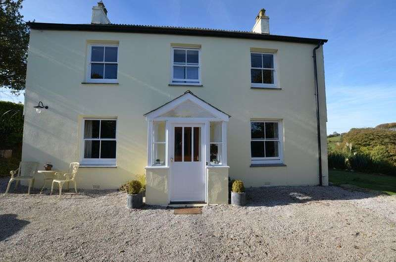 4 Bedrooms Detached House for sale in Coad's Green, Launceston