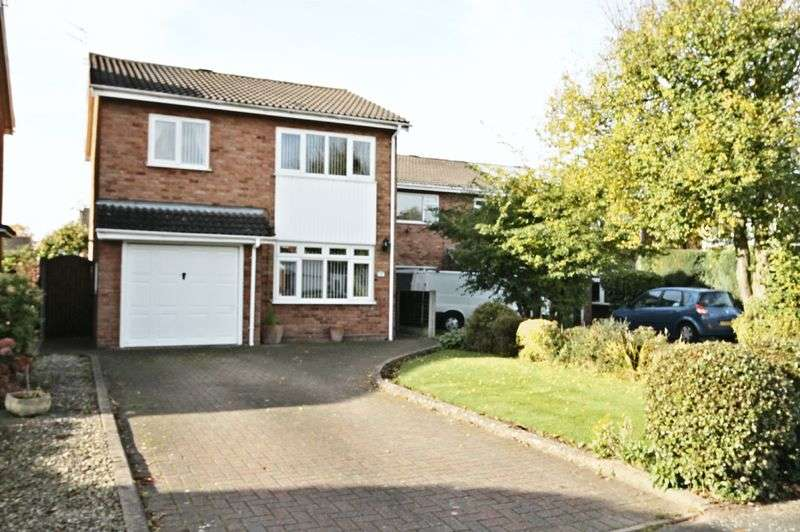 3 Bedrooms Detached House for sale in Templars Way, Stafford