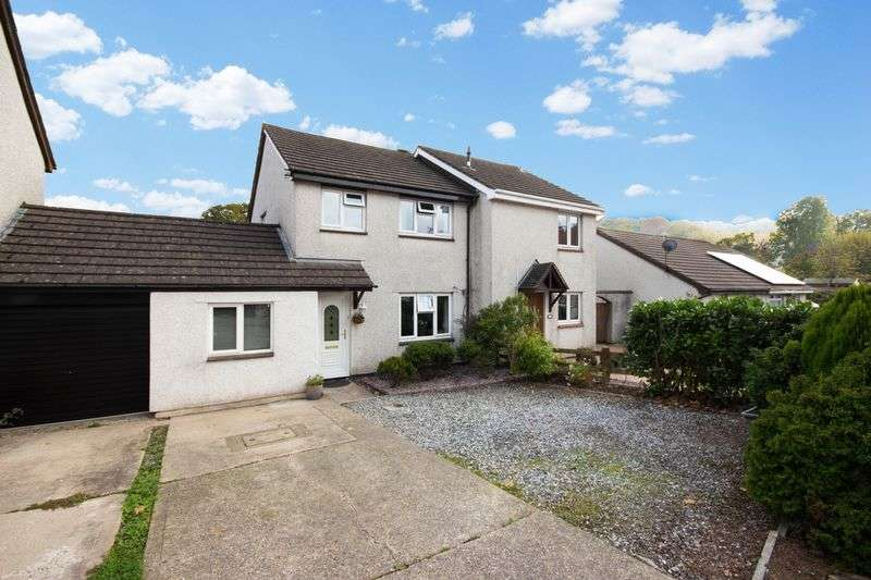4 Bedrooms Semi Detached House for sale in Palace Meadow, Chudleigh