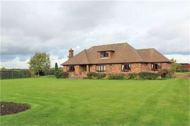 6 Bedrooms Detached House for sale in West Hann Lane, Barrow Haven, Barrow-upon-Humber, Lincolnshire