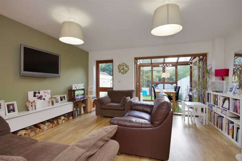 2 Bedrooms Terraced House for sale in Foxdown, Overton