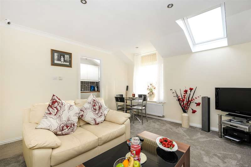 2 Bedrooms Apartment Flat for sale in Mill Stream Lodge, Uxbridge Road, Rickmansworth, Hertfordshire, WD3