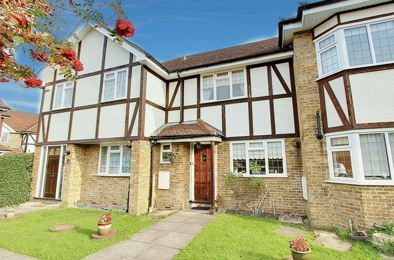 3 Bedrooms Terraced House for sale in Thrush Green, North Harrow