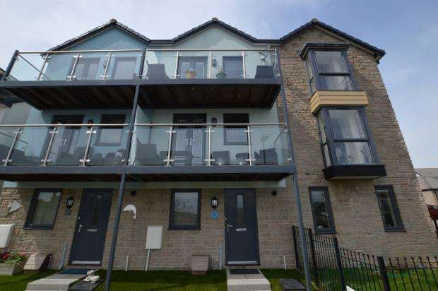 4 Bedrooms Terraced House for sale in Barton Road, Hooe, Plymouth, Devon