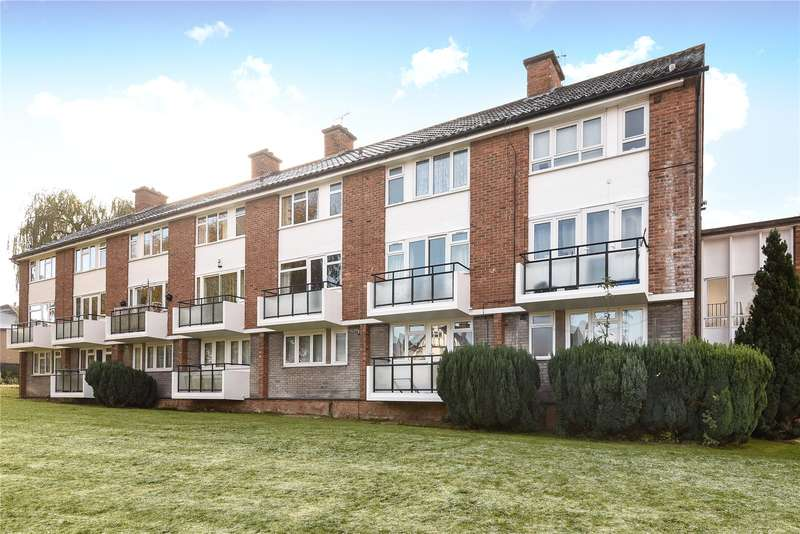 2 Bedrooms Maisonette Flat for sale in Marsh Road, Pinner, Middlesex, HA5