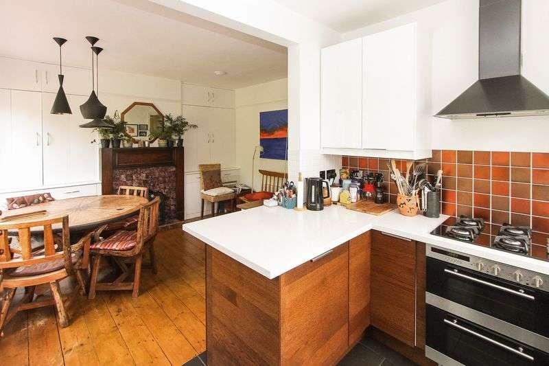 3 Bedrooms Semi Detached House for sale in Coleridge Vale Road East, Clevedon