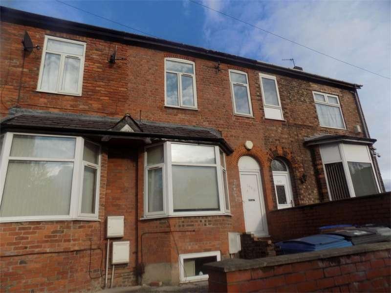 1 Bedroom Flat for sale in Peel Green Road, Eccles, Manchester