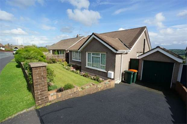 2 Bedrooms Detached Bungalow for sale in Augustan Close, Caerleon, Newport