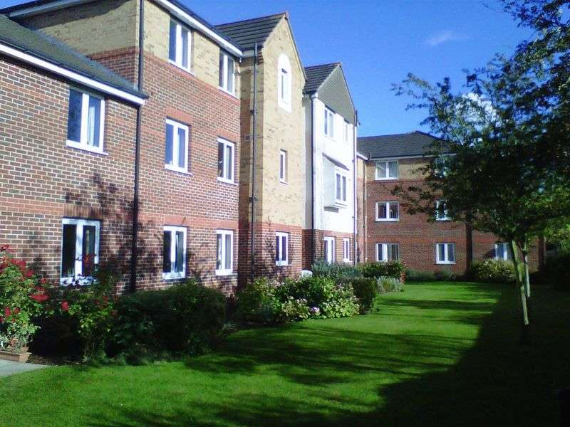 1 Bedroom Retirement Property for sale in Cathedral View Court, Lincoln, LN2 2GF