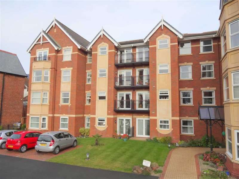 1 Bedroom Property for sale in Clifton Drive South, St Annes