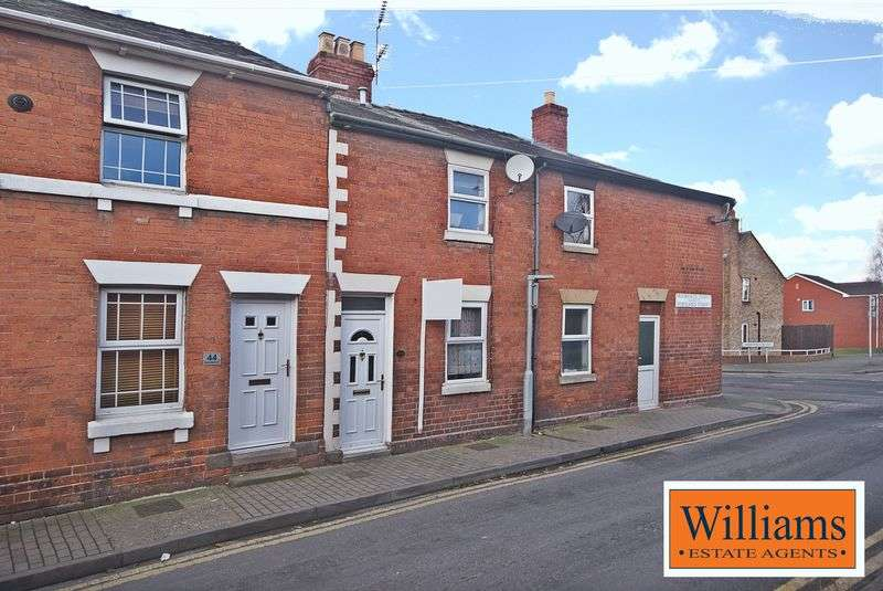 2 Bedrooms Terraced House for sale in A two bedroom period terraced house in a central location with cellar.