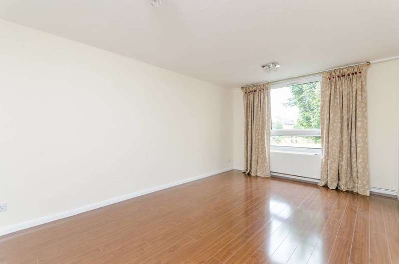1 Bedroom Flat for sale in Clem Attlee Court, Fulham Broadway, SW6