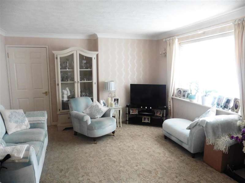 1 Bedroom Flat for sale in Station Street, Lewes, East Sussex