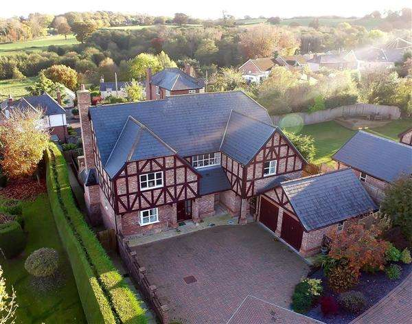 5 Bedrooms Detached House for sale in Bryn Rhyd, Northop