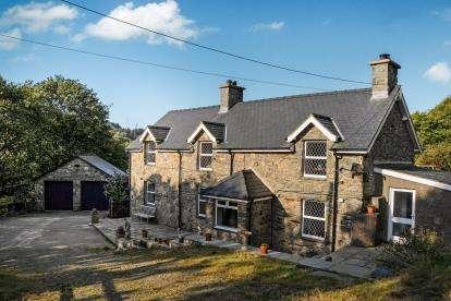 3 Bedrooms Detached House for sale in Gellilydan, Blaenau Ffestiniog, Gwynedd, LL41