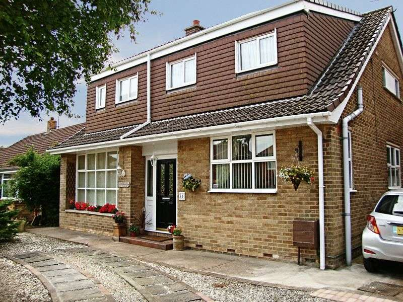 4 Bedrooms Detached House for sale in Headlands Drive, Hessle