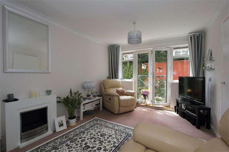 2 Bedrooms Retirement Property for sale in Bridgeman Court, Bridgeman Road, Penarth