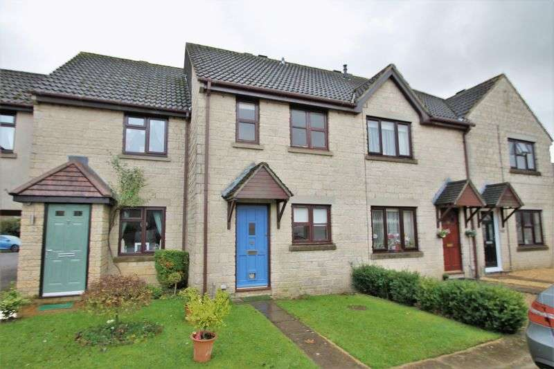 2 Bedrooms Terraced House for sale in Woodhouse Close, Cirencester, Gloucestershire.