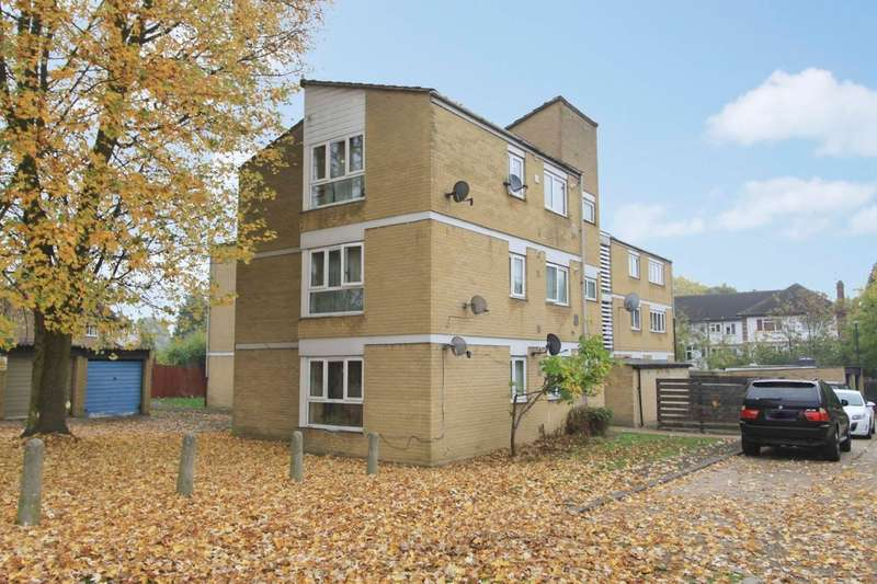 2 Bedrooms Flat for sale in Deacons Close, Pinner