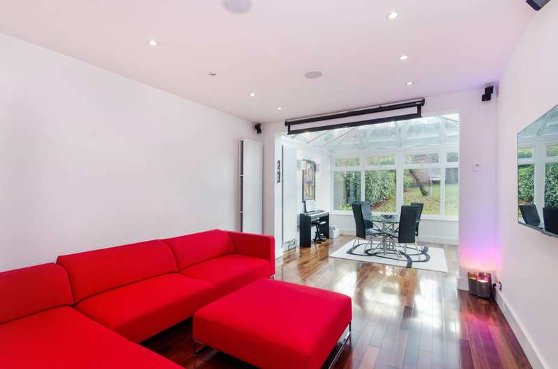 4 Bedrooms House for sale in Roxburgh Road, West Norwood, SE27