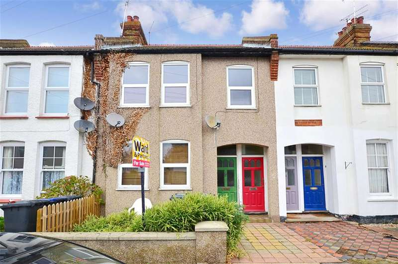 2 Bedrooms Maisonette Flat for sale in Arkley Road, Herne Bay, Kent