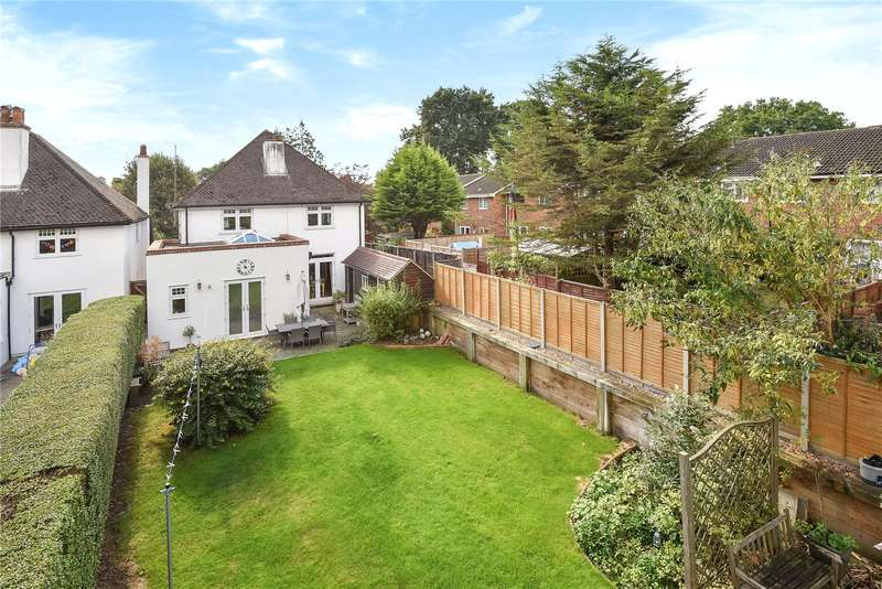 4 Bedrooms Detached House for sale in Heatherley Road, Camberley, Surrey, GU15