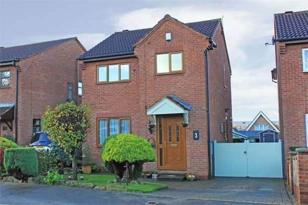 3 Bedrooms Detached House for sale in Sandford Road, South Elmsall, Pontefract, West Yorkshire