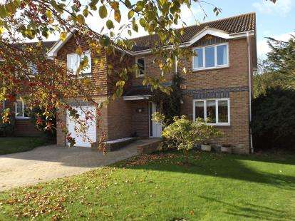 5 Bedrooms Detached House for sale in Ryde, Isle Of Wight