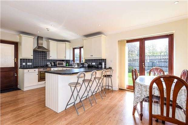 4 Bedrooms Detached House for sale in St Oswalds Road, London, SW16