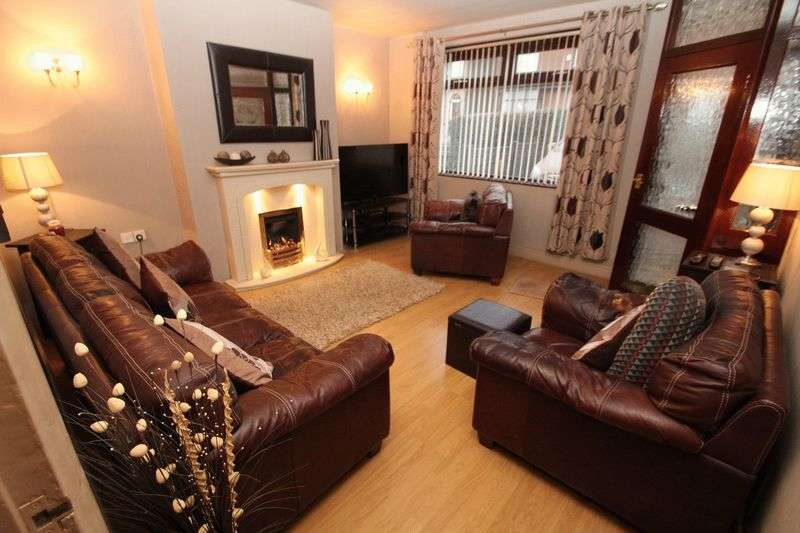 2 Bedrooms Terraced House for sale in Park Road, Hamer, Rochdale OL12 9BJ