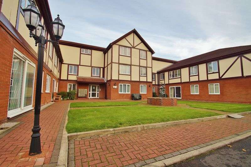 2 Bedrooms Flat for sale in The Ridings, Southport