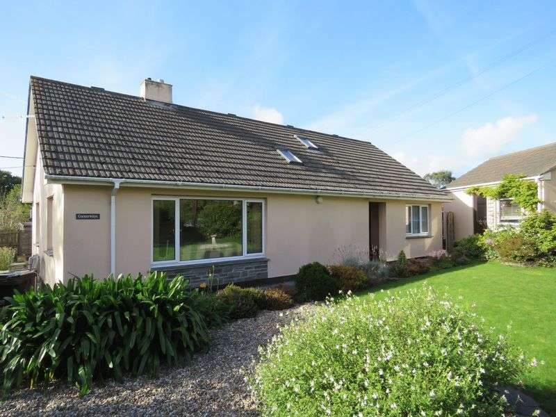 4 Bedrooms Detached Bungalow for sale in Old Carnon Hill, Truro