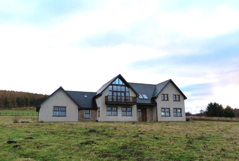 4 Bedrooms Detached House for sale in By Cromdale, PH26 3PF