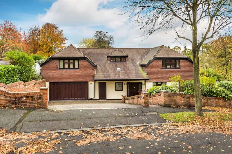 5 Bedrooms Detached House for sale in Monahan Avenue, Purley, CR8