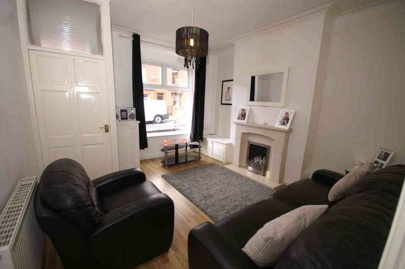 2 Bedrooms Terraced House for sale in Stephenson Street, Horwich
