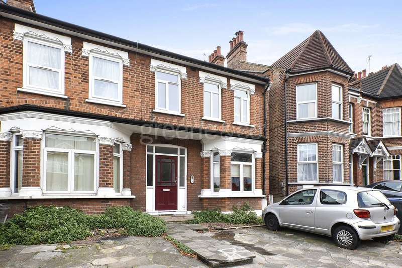 1 Bedroom Flat for sale in Brownlow Road, Bounds Green, London, N11