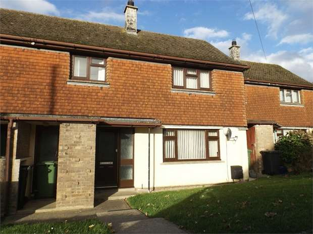 3 Bedrooms Terraced House for sale in Dinam Road, Caergeiliog, Holyhead, Anglesey