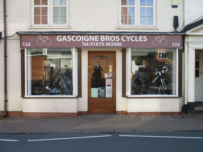 Property for sale in Wonderful leasehold cycle shop