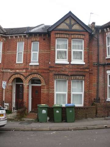 8 Bedrooms Terraced House for rent in Tennyson Road, Portswood, Southampton