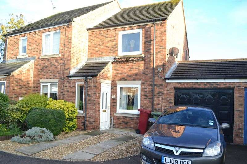 2 Bedrooms Semi Detached House for sale in Priory Lane, Scunthorpe