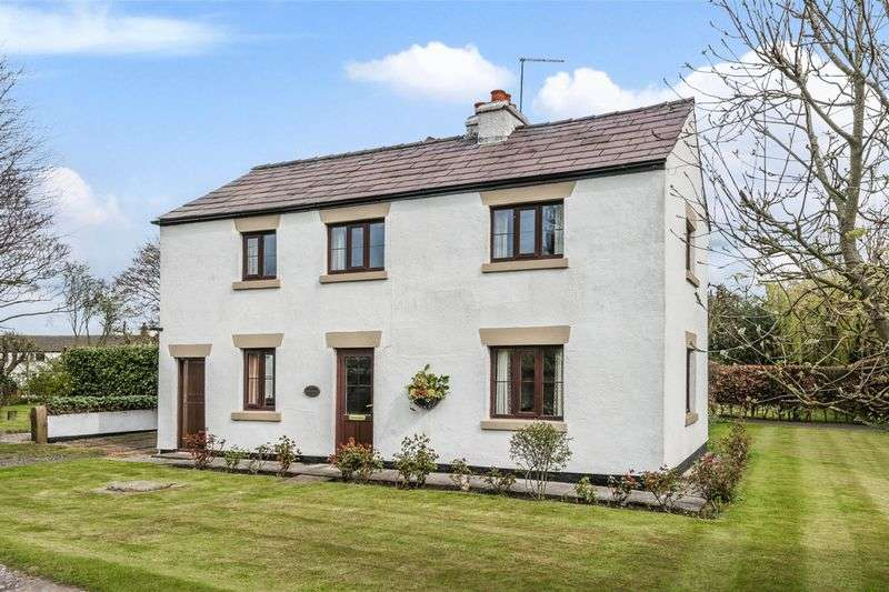 3 Bedrooms Semi Detached House for sale in Meadow Lane, Lathom