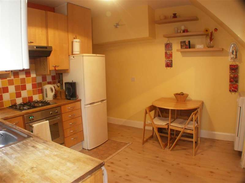2 Bedrooms Ground Maisonette Flat for sale in Cranbrook Road, Thornton Heath, Surrey