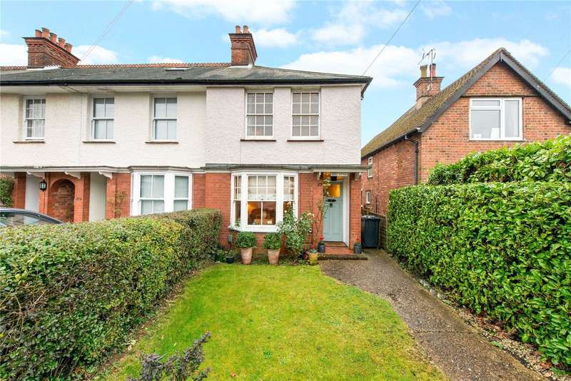 3 Bedrooms Terraced House for sale in Lexham Gardens, Amersham, Buckinghamshire, HP6