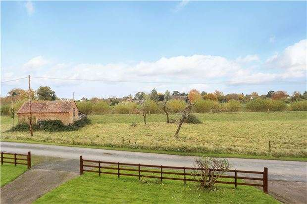 4 Bedrooms Detached House for sale in Severn View Elmore Back, Elmore, GLOUCESTER, GL2 3ST