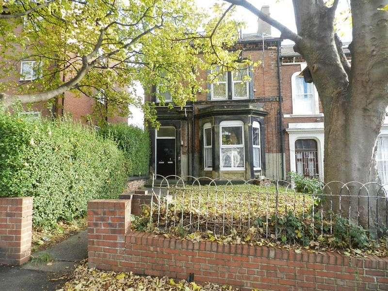 5 Bedrooms House for sale in Victoria Terrace, Leeds 3