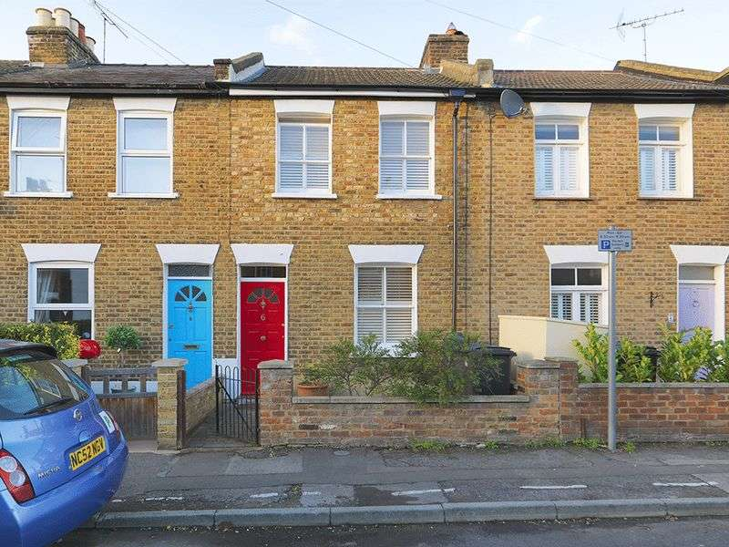 2 Bedrooms Terraced House for sale in Elton Road, Kingston Upon Thames